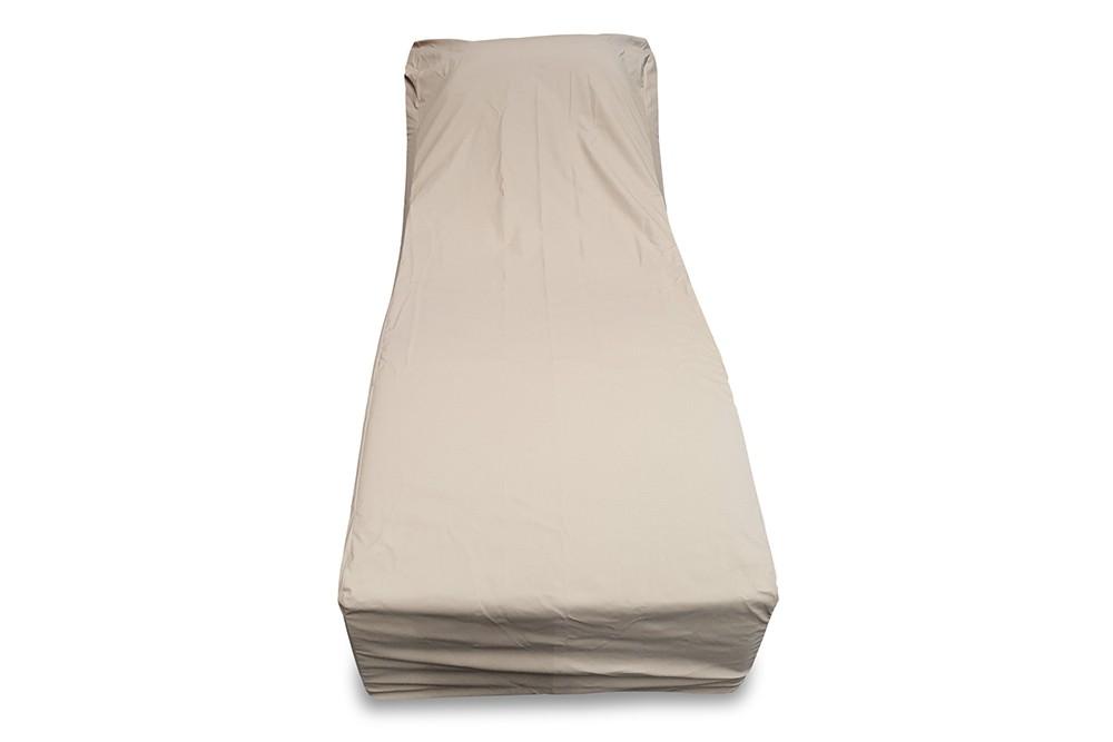 winterabdeckung pu regenschutz f r den liegestuhl sun. Black Bedroom Furniture Sets. Home Design Ideas