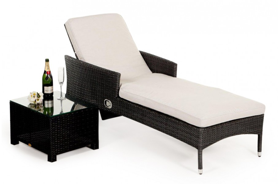 gartenm bel berzug beige f r brooklyn rattan sonnenliege. Black Bedroom Furniture Sets. Home Design Ideas