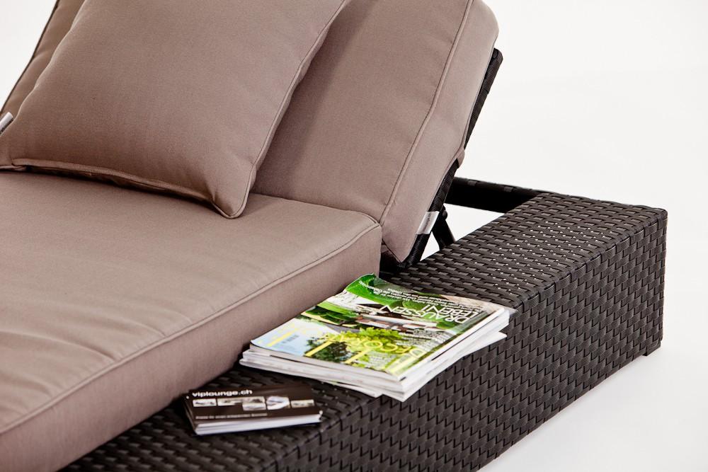 Gartenmobel Polyrattan Lutz : Chaise longue en rotin Tosca  surface pour déposer ses affaires