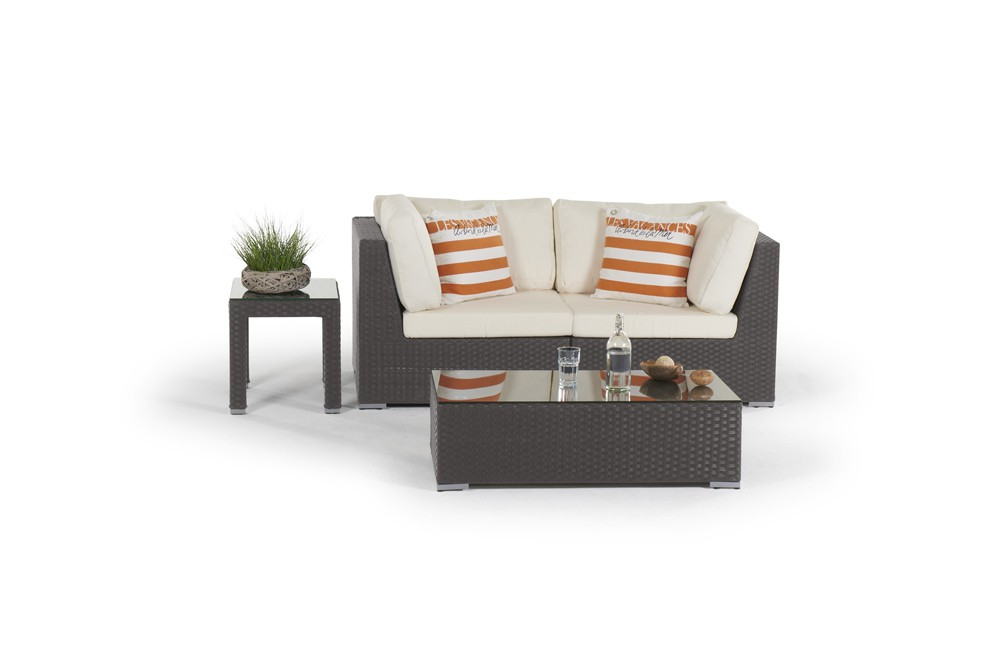 sunset rattan lounge in brown rattan garden furniture for. Black Bedroom Furniture Sets. Home Design Ideas